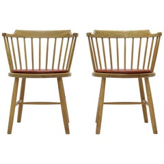 Borge Mogensen Pair of Danish Modern Armchairs in Oak and Leather