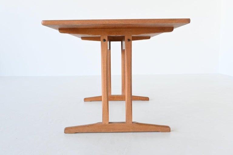 Børge Mogensen Shaker C18 Soaked Oak Dining Table FDB Mobler, Denmark, 1947 For Sale 4