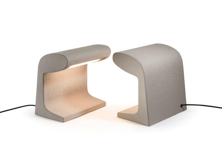 Borne Bétone Petite table lamp by Le Corbusier. Current production manufactured in France by Nemo Lighting. Concrete outdoor and indoor floor and table lamp, conceived for the Unité d'habitation de Marseille and for Bhakra Dam, Sukhna Dam in India