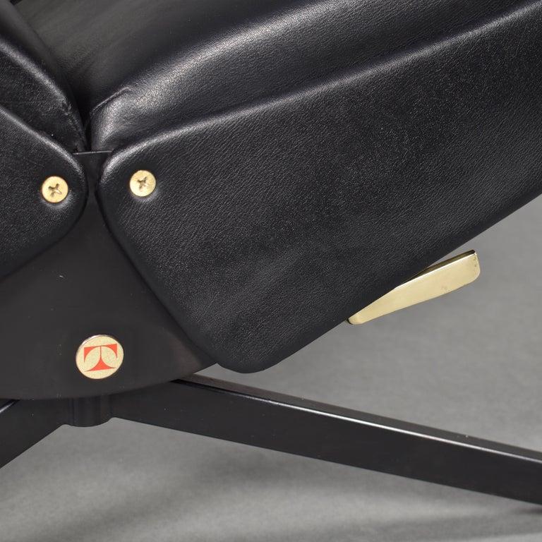 Borsani P40 Lounge Chair for Tecno, Italy, circa 1970 For Sale 5