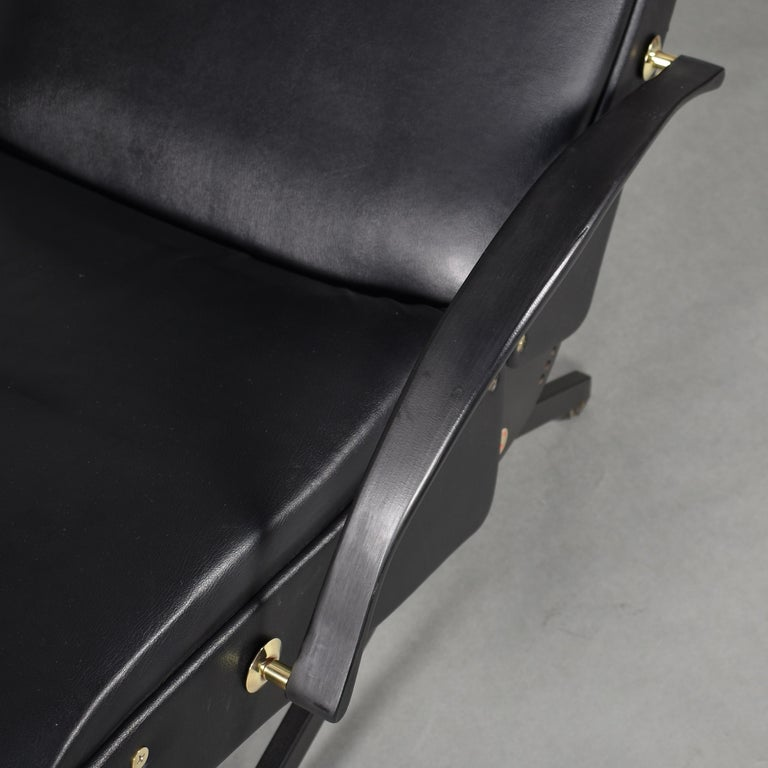 Borsani P40 Lounge Chair for Tecno, Italy, circa 1970 For Sale 12