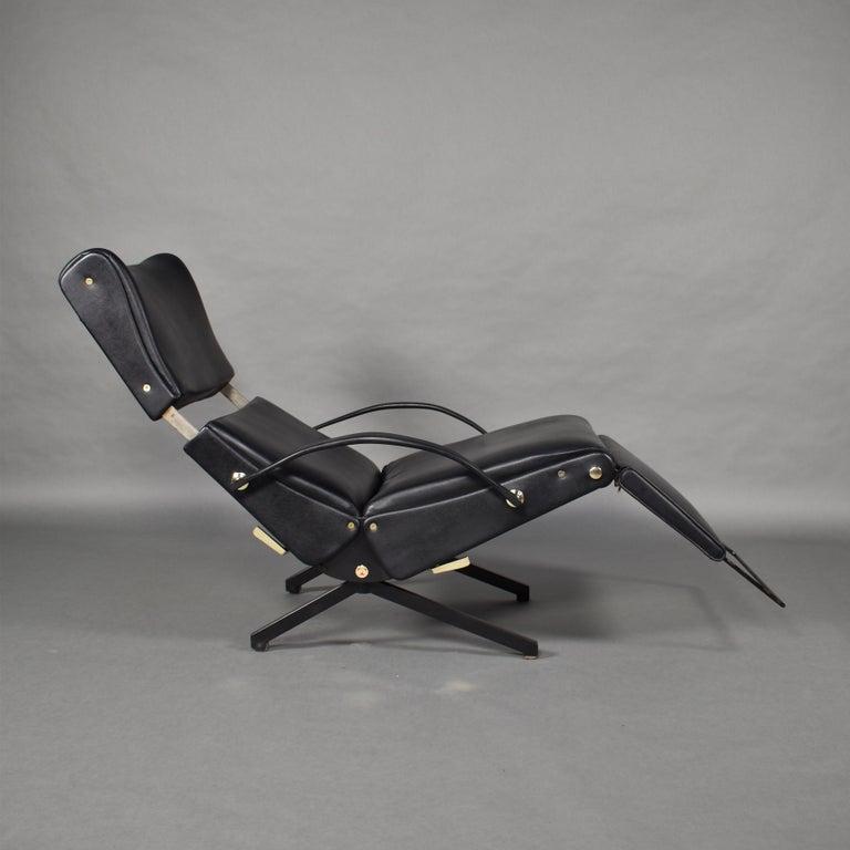 Metal Borsani P40 Lounge Chair for Tecno, Italy, circa 1970 For Sale