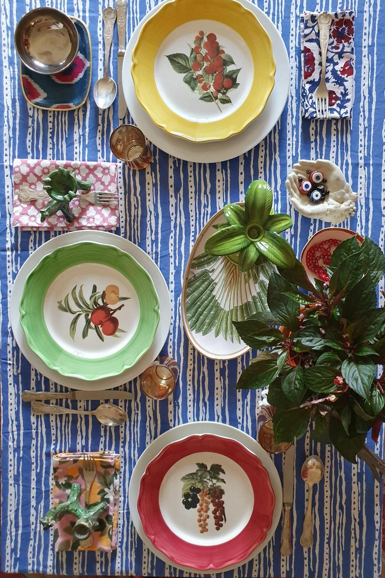 These stunning plates are made in Italy by local artisans The border is hand painted while the fissure at the center is a printed image  Food safe and dishwasher safe  Measures: 27cm dinner plates.