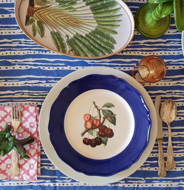 Contemporary Botanica Hand Painted Ceramic Plates Set of 6 Dinner Plates Made in Italy For Sale