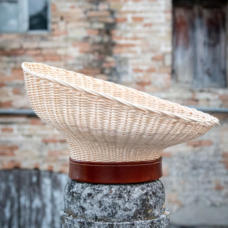 Bottega Intreccio Woven Wicker 21st Century Mawa Centerpiece, by Setsu & Shinobu In New Condition For Sale In Mogliano, Macerata