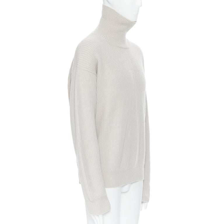 BOTTEGA VENETA 100% cashmere taupe beige oversized turtleneck sweater IT48 M In Excellent Condition For Sale In Hong Kong, NT