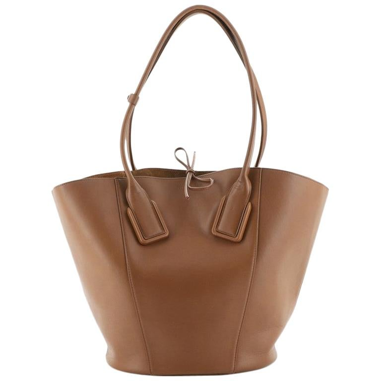 Bottega Veneta Basket Tote Leather Large
