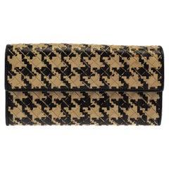 Bottega Veneta Beige/Black Houndstooth Intrecciato Leather Continental Flap Wall