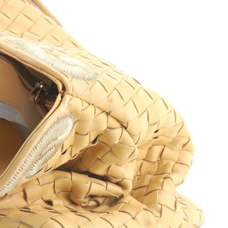 Bottega Veneta Belted Cabat Tote Embroidered Intrecciato Nappa For Sale 3