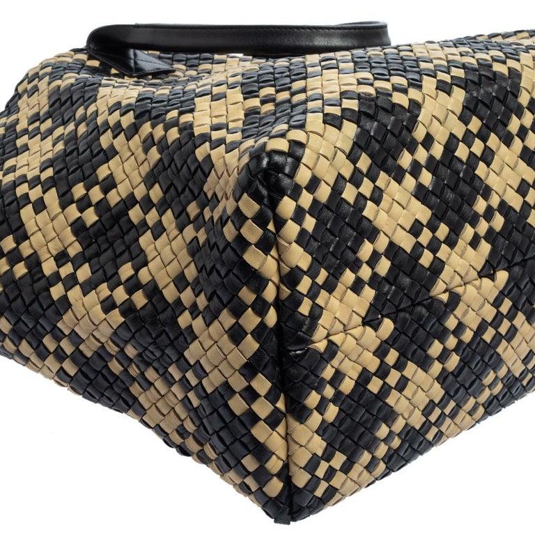 Bottega Veneta Black/Beige Intrecciato Leather Limited Edition 234/500 Cabat Tot 9