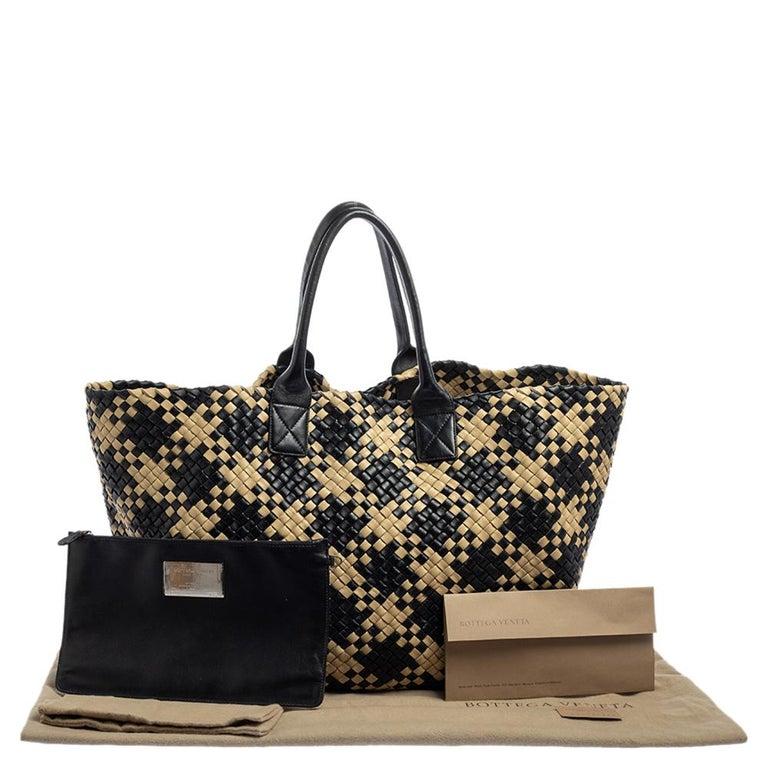 Bottega Veneta Black/Beige Intrecciato Leather Limited Edition 234/500 Cabat Tot 12