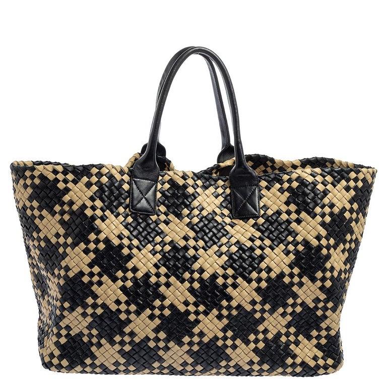 Women's Bottega Veneta Black/Beige Intrecciato Leather Limited Edition 234/500 Cabat Tot