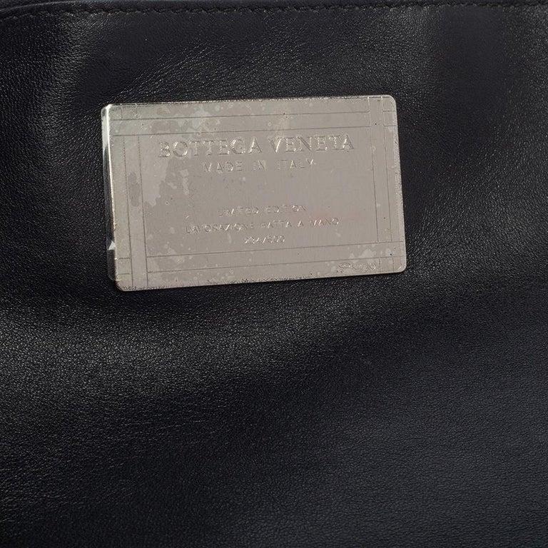 Bottega Veneta Black/Beige Intrecciato Leather Limited Edition 234/500 Cabat Tot 2