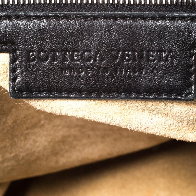 Bottega Veneta Black/Brown Leather and Croc Hobo For Sale 4
