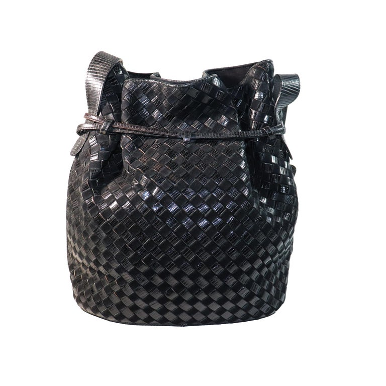 Bottega Veneta Black Classic Woven Lizard and Suede Large Drawstring Bucket Bag with compact mirror.  Measurements:  Height - 11.2 inches   Width - 13.5 inches   Height with Strap - 26.5 inches