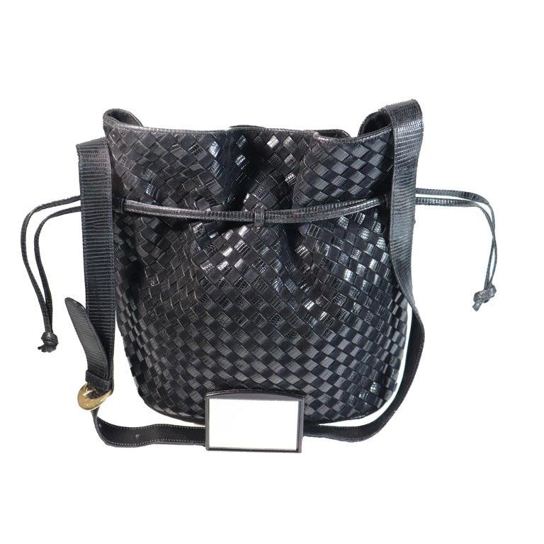 Bottega Veneta Black Classic Woven Drawstring Bag  For Sale 2