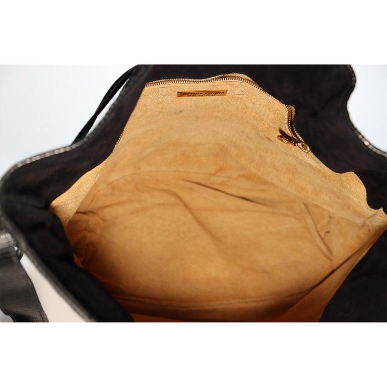 Bottega Veneta Black Classic Woven Drawstring Bag  For Sale 5