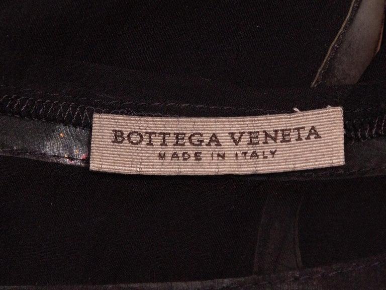 Bottega Veneta Black & Grey Silk Short Sleeve Top In Good Condition For Sale In New York, NY