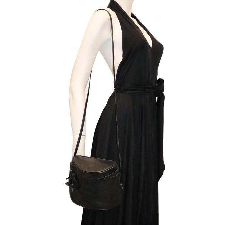 Women's Bottega Veneta Black Half Circle, Binocular Style Crossbody Handbag  For Sale