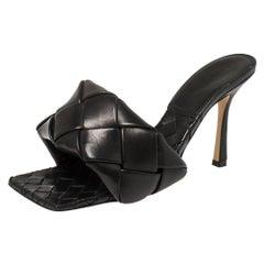 Bottega Veneta Black Leather Intrecciato Lido Sandals Size 40.5