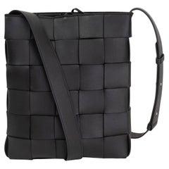 BOTTEGA VENETA black MAXI INTRECCIATO leather 2021 CASSETTE Crossbody Bag