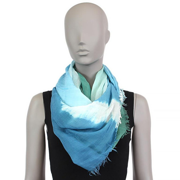 Bottega Veneta tie-dye shawl in blue, green and off-white modal (50%), linen (40%) and silk (10%). Has been worn and is in excellent condition.  Width 140cm (54.6in) Length 140cm (54.6in)
