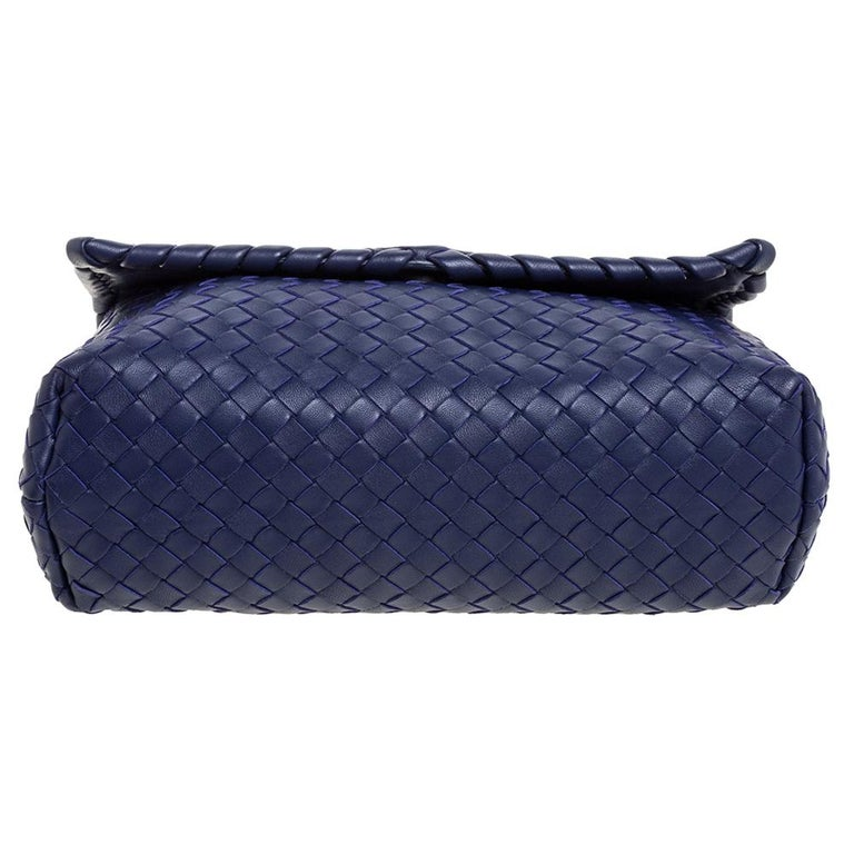 Bottega Veneta Blue Intrecciato Leather Small Olimpia Shoulder Bag For Sale 2