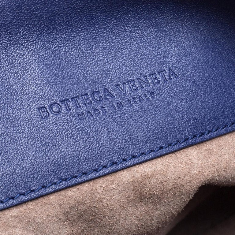 Bottega Veneta Blue Intrecciato Leather Small Olimpia Shoulder Bag For Sale 4
