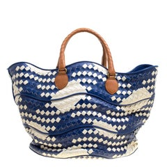 Bottega Veneta Blue/White Intrecciato Leather Bucket Bag