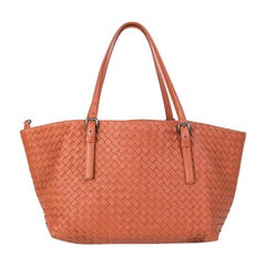 BOTTEGA VENETA brick red woven leather CRESTA MEDIUM Shopper Shoulder Bag