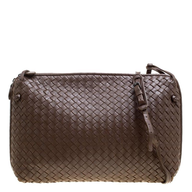 Bottega Veneta Brown Intrecciato Leather Nodini Shoulder Bag at 1stdibs edf89915ca07f