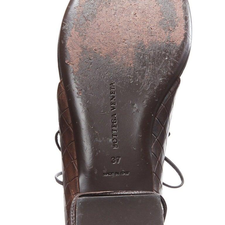 BOTTEGA VENETA brown intrecciato woven leather lace up thong flat sandals EU37 For Sale 6