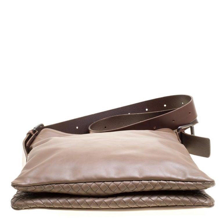 Bottega Veneta Brown Leather Messenger Bag For Sale 2