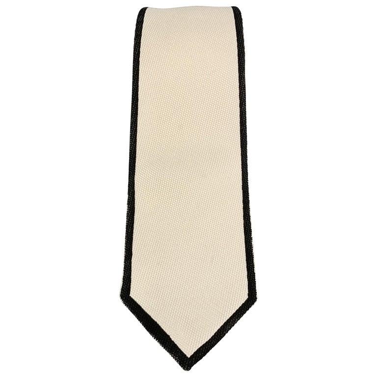 BOTTEGA VENETA Cream & Black Woven Silk Painted Outline Skinny Tie For Sale