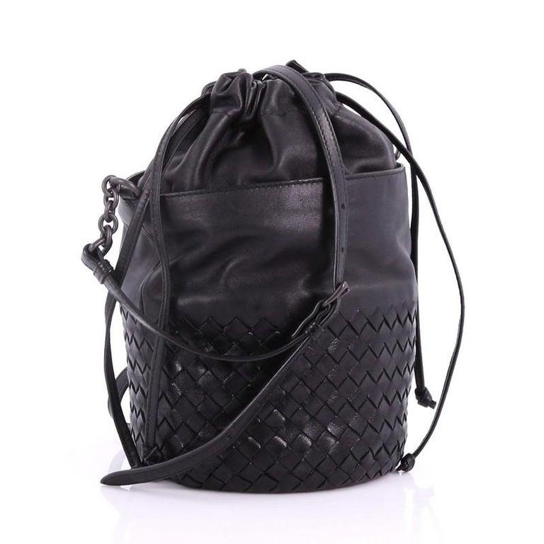 4aa220eaab5f Black Bottega Veneta Drawstring Bucket Bag Leather and Intrecciato Nappa  Small For Sale