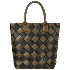 BOTTEGA VENETA green & black leather MAXI CABAT 30 Tote Bag