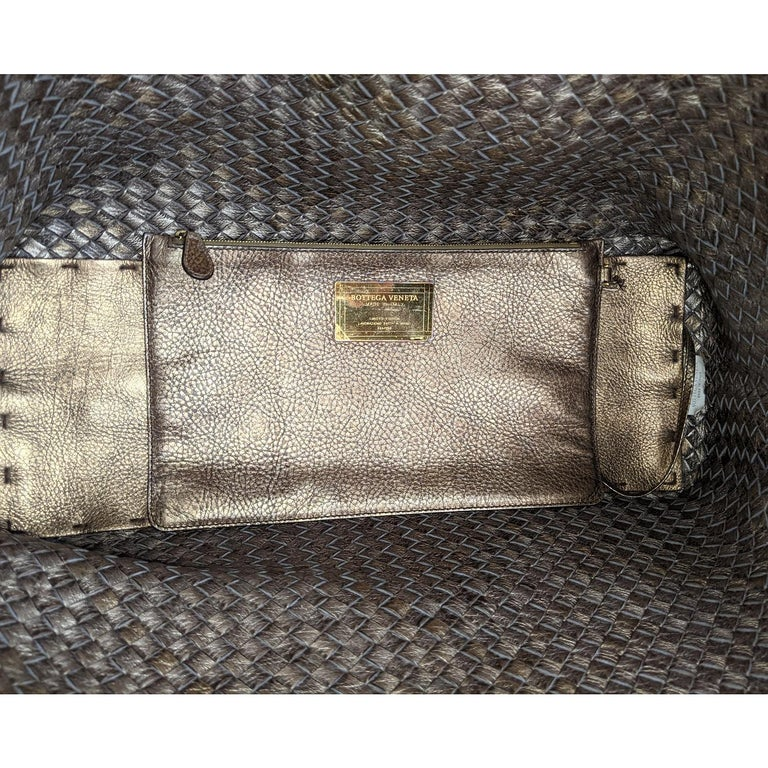 Bottega Veneta Intrecciato Large Cabat Tote For Sale 3