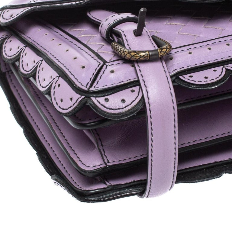 Bottega Veneta Lavender Intreccaito Leather Wingtip City Knot Shoulder Bag For Sale 5
