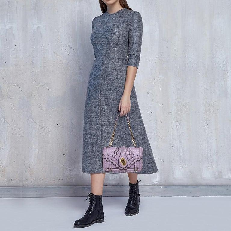 Gray Bottega Veneta Lavender Intreccaito Leather Wingtip City Knot Shoulder Bag For Sale