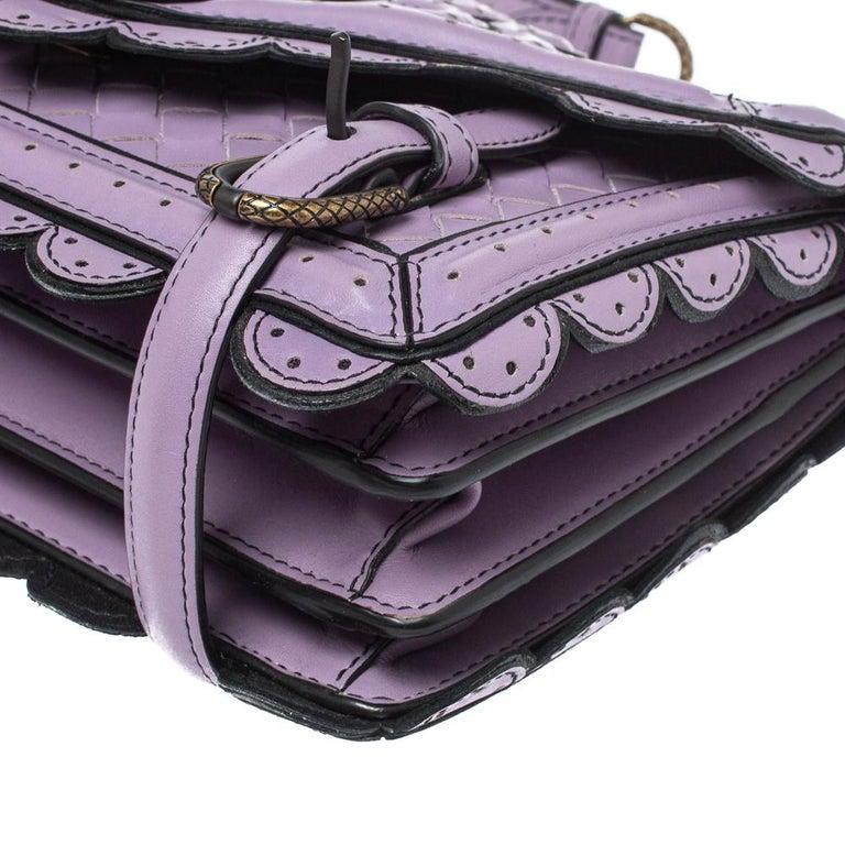 Bottega Veneta Lavender Intreccaito Leather Wingtip City Knot Shoulder Bag For Sale 2