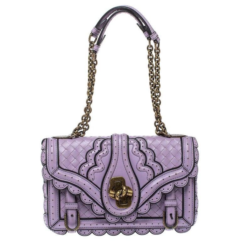 Bottega Veneta Lavender Intreccaito Leather Wingtip City Knot Shoulder Bag For Sale