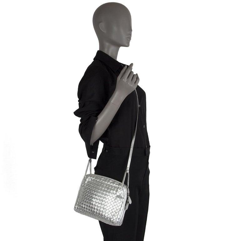 BOTTEGA VENETA metallic silver leather INTRECCIATO NODINI SMALL Crossbody Bag For Sale 2