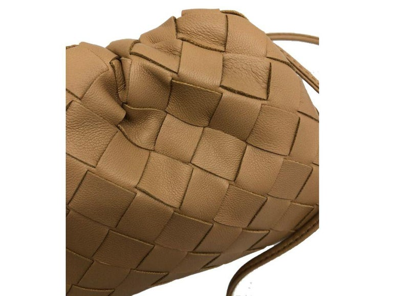Brown Bottega Veneta Mini Pouch - Sandalwood For Sale