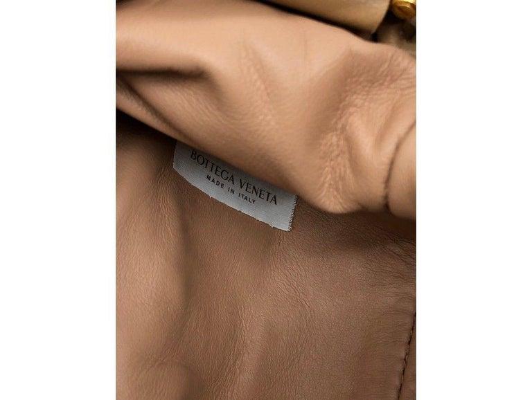 Women's or Men's Bottega Veneta Mini Pouch - Sandalwood For Sale
