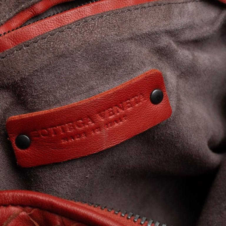 Bottega Veneta Orange Intrecciato Leather Nodini Crossbody Bag For Sale 5