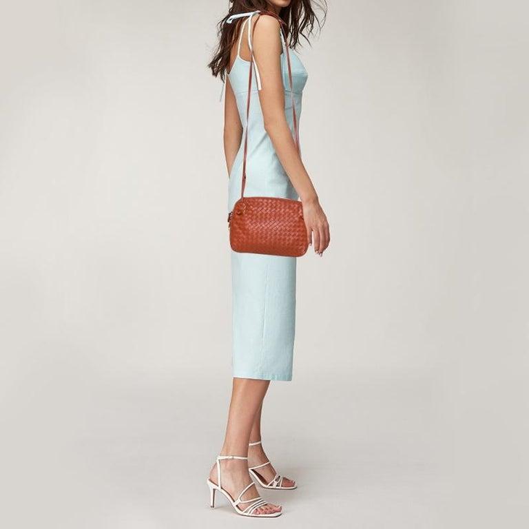Red Bottega Veneta Orange Intrecciato Leather Nodini Crossbody Bag For Sale