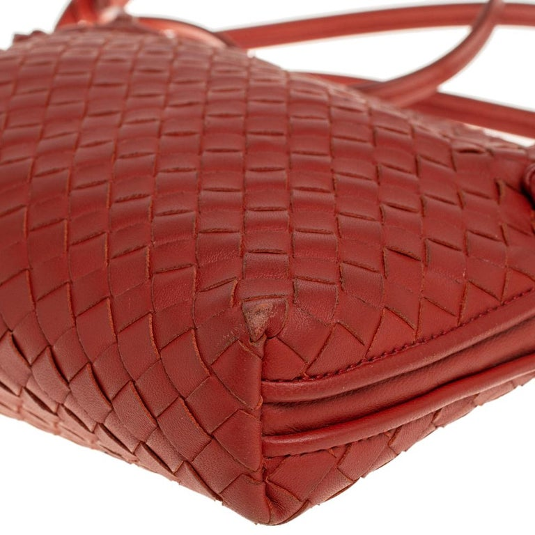 Bottega Veneta Orange Intrecciato Leather Nodini Crossbody Bag For Sale 2
