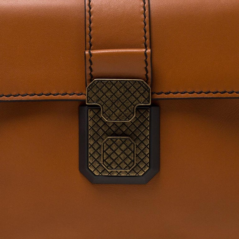 Bottega Veneta Orange Leather Mini Piazza Top Handle Bag For Sale 3
