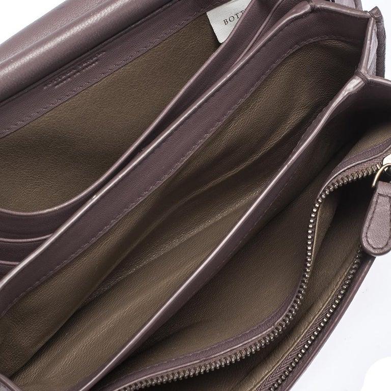 Bottega Veneta Pale Purple Intrecciato Leather Flap Chain Clutch For Sale 5
