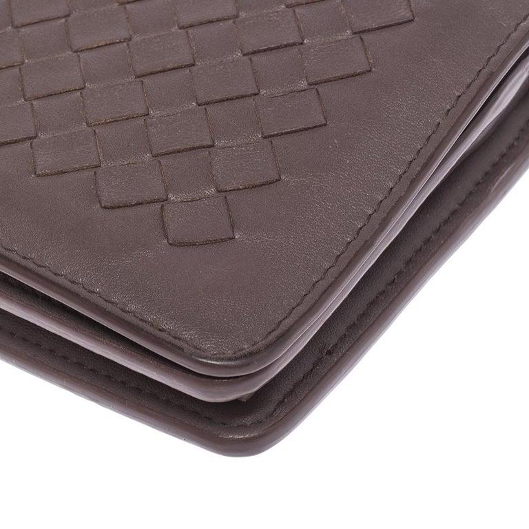 Bottega Veneta Pale Purple Intrecciato Leather Flap Chain Clutch For Sale 1